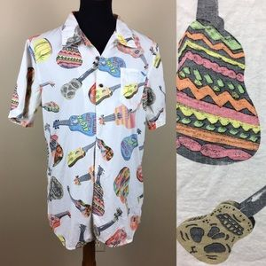 "Vans ""off the wall"" tropical guitar shirt size M"